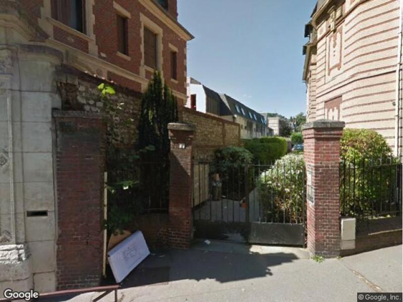 place de parking louer rouen 55 rue verte. Black Bedroom Furniture Sets. Home Design Ideas