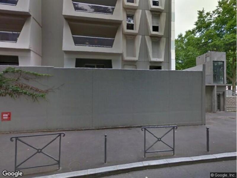 Location de garage villeurbanne stalingrad for Garage rue des bienvenus villeurbanne