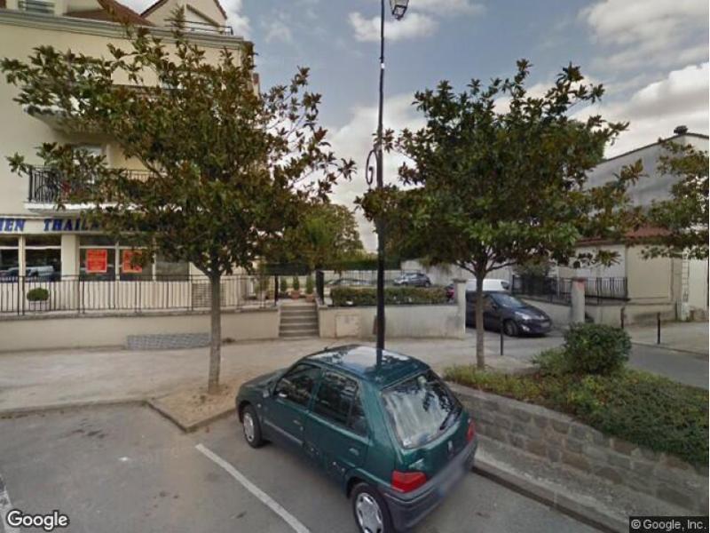 parking louer le port marly 12 rue de paris. Black Bedroom Furniture Sets. Home Design Ideas