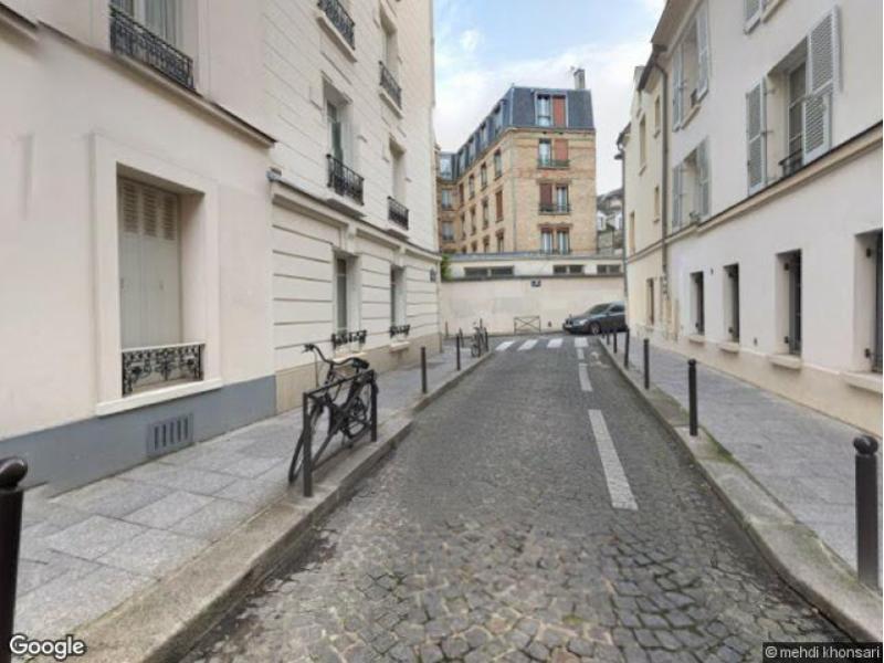 place de parking louer paris 75005 9 rue laromigui re 75005 paris france 155 euros. Black Bedroom Furniture Sets. Home Design Ideas