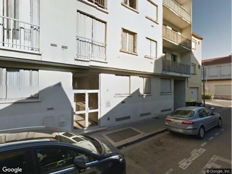 Place de parking louer villeurbanne 69100 4 rue songieu for Garage a villeurbanne