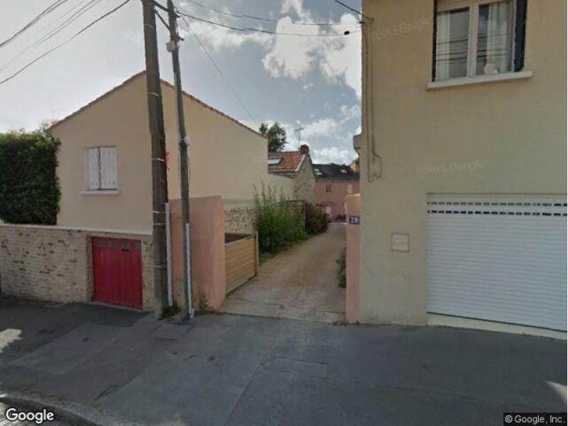 Place de parking louer nantes 29 rue etienne tiennez for Louer garage nantes