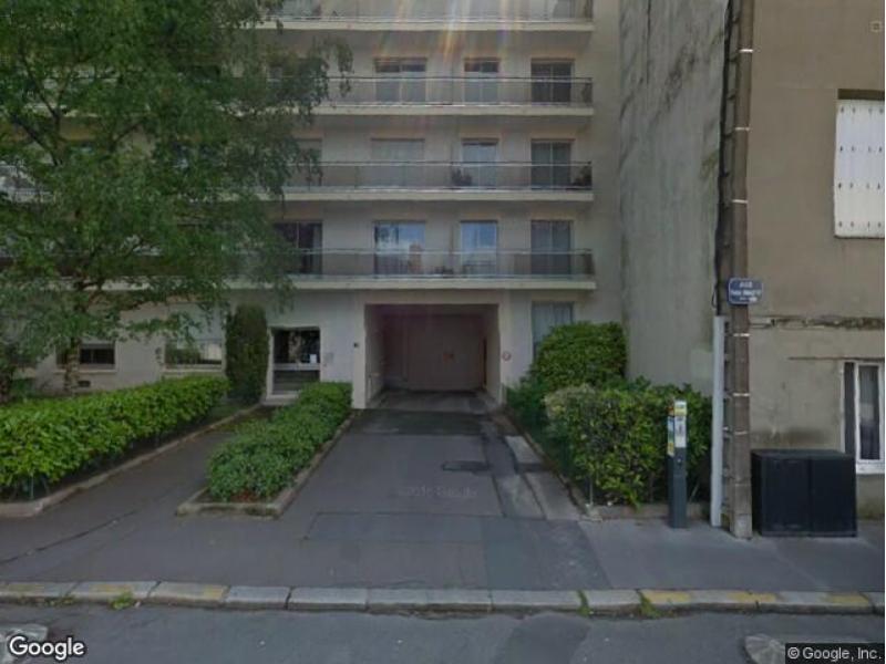 Place de parking louer nantes 33 rue pr fet bonnefoy for Louer garage nantes