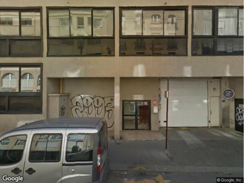 place de parking louer paris 19 23 rue de l 39 argonne. Black Bedroom Furniture Sets. Home Design Ideas