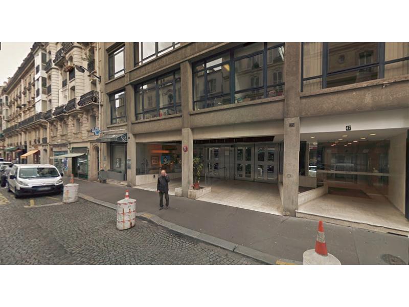 place de parking louer paris 75116 47 rue de chaillot. Black Bedroom Furniture Sets. Home Design Ideas