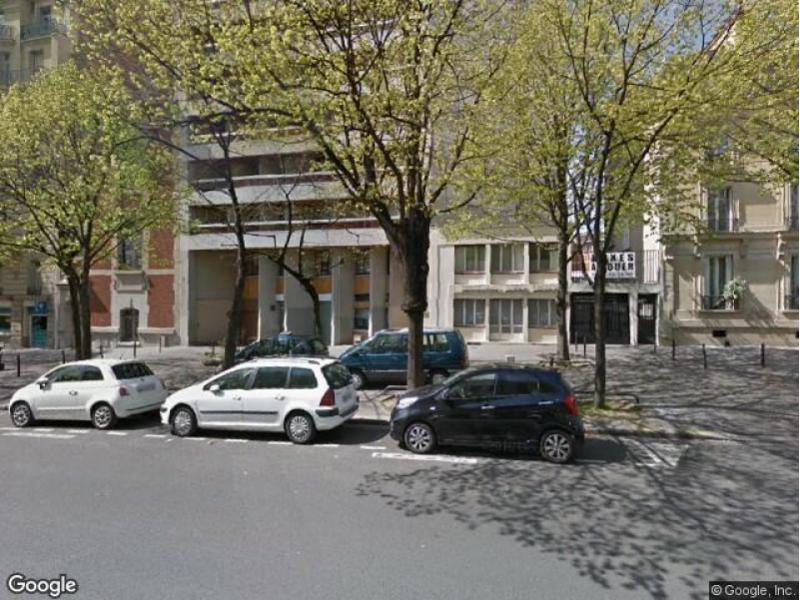 place de parking louer paris 75011 3 avenue de taillebourg. Black Bedroom Furniture Sets. Home Design Ideas