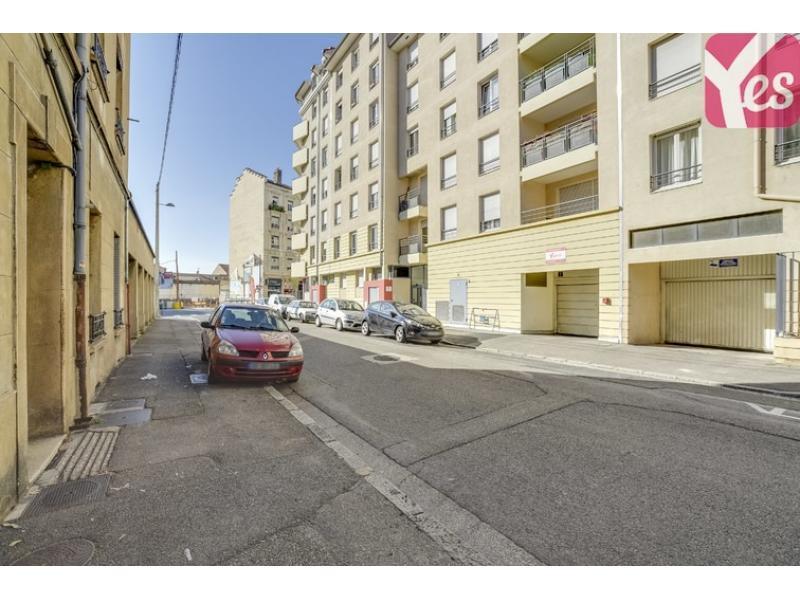 Place de parking louer villeurbanne 69100 4 rue songieu for Garage rue des bienvenus villeurbanne