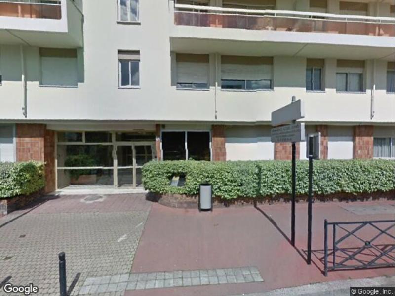 Place de parking louer courbevoie 92400 21 rue for Garage moto courbevoie
