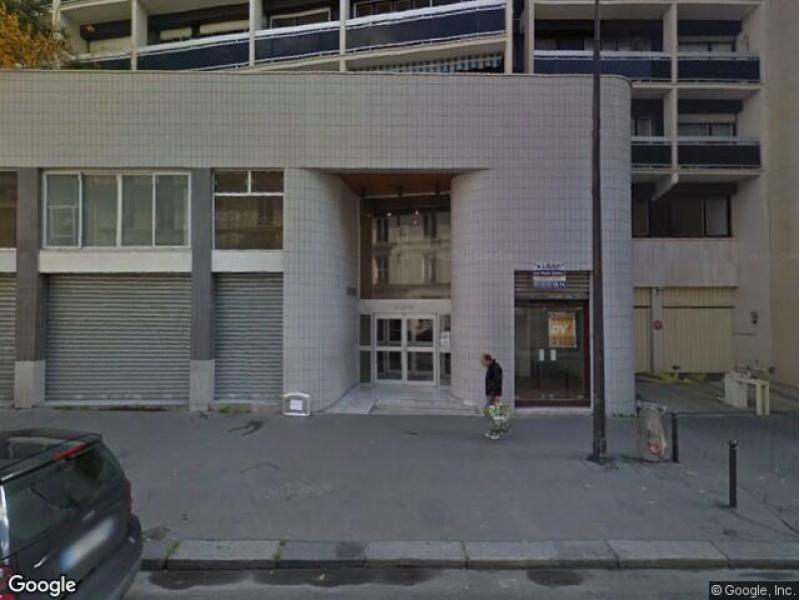 place de parking vendre paris 75011 16 rue saint maur. Black Bedroom Furniture Sets. Home Design Ideas