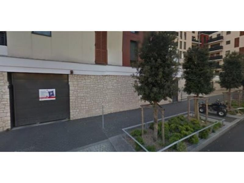 place de parking louer colombes 92700 6 11 all e de l 39 le marante colombes france 18. Black Bedroom Furniture Sets. Home Design Ideas