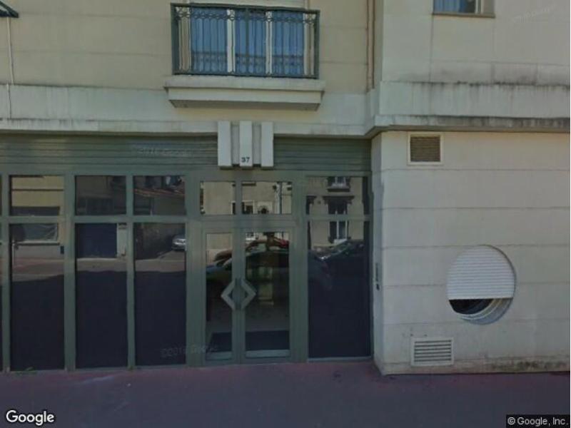 place de parking louer montrouge rue georges messier. Black Bedroom Furniture Sets. Home Design Ideas