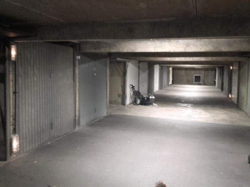 Location de garage rennes rue de brest ouest for Blue garage rue de rennes