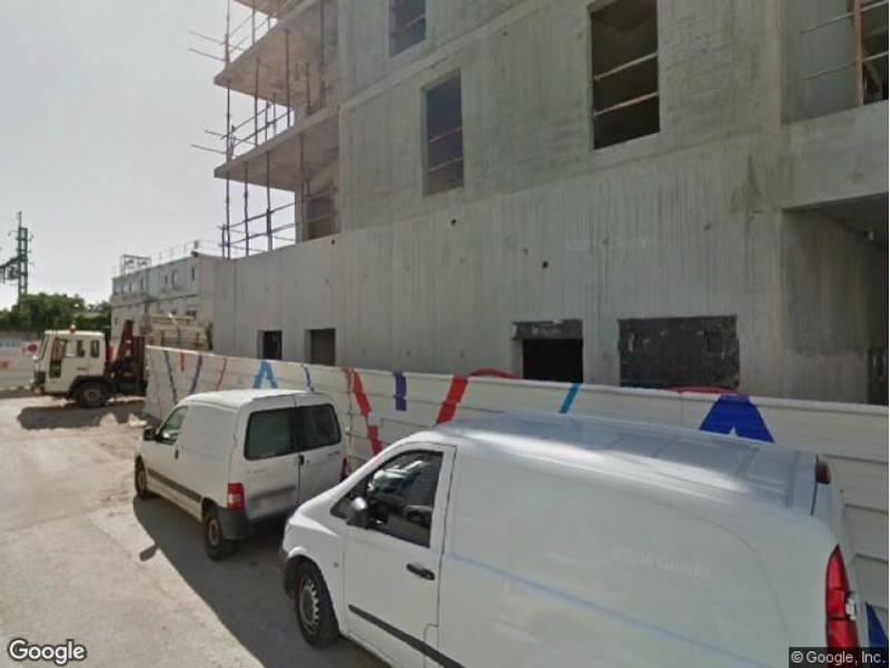location de parking saint denis 10 rue de la confluence. Black Bedroom Furniture Sets. Home Design Ideas