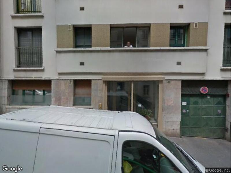 Location de box paris 18 46 rue labat for Location paris 18