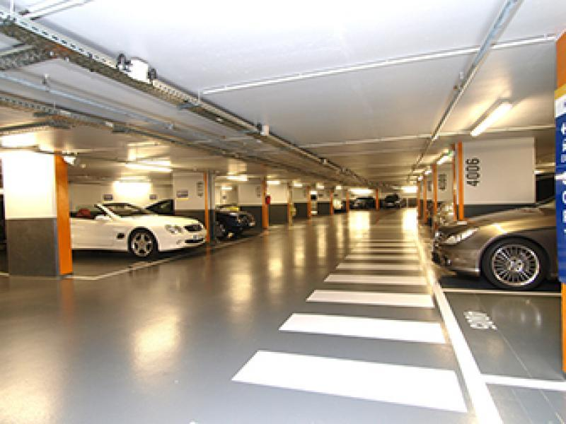Abonnement Parking Interparking 14 Rue Marbeuf, 75008 Paris, France