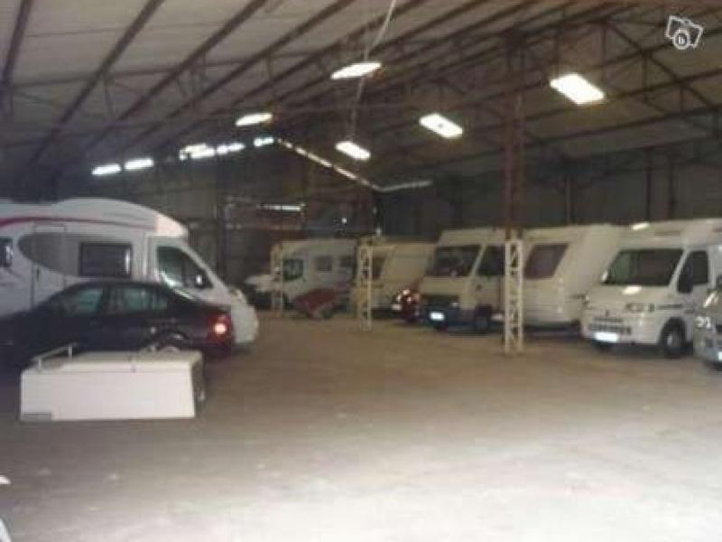 Location de garage varennes vauzelles veninges for A louer garage automobile