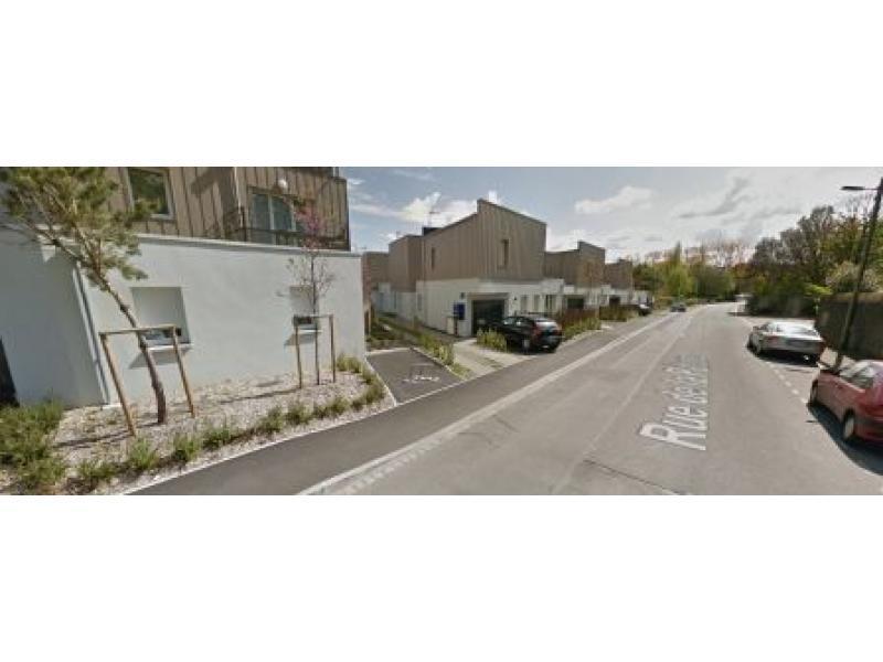 place de parking louer nantes 44300 31 37 rue de la p ture nantes france 9 6 euros. Black Bedroom Furniture Sets. Home Design Ideas