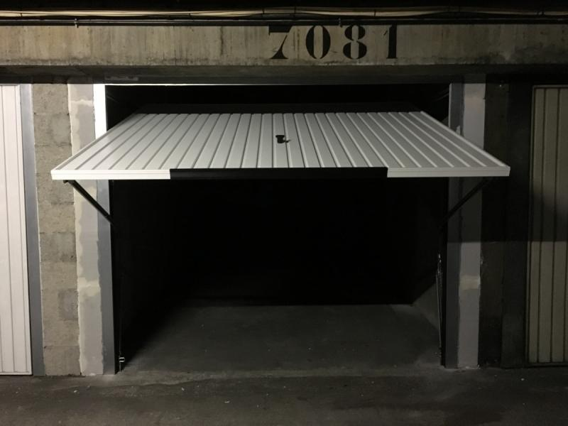 place de parking louer paris 75011 147 rue oberkampf 75011 paris france 150 euros. Black Bedroom Furniture Sets. Home Design Ideas