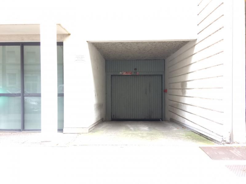 Place de parking louer lyon 3 1 rue etienne richerand for Garage lyon 5