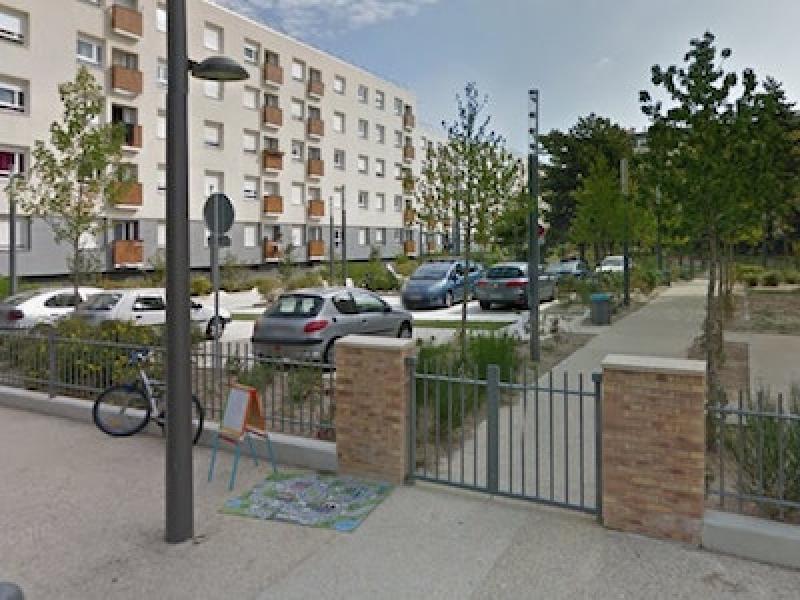 asni res sur seine 16 rue neuve des mourinoux location de place de parking. Black Bedroom Furniture Sets. Home Design Ideas
