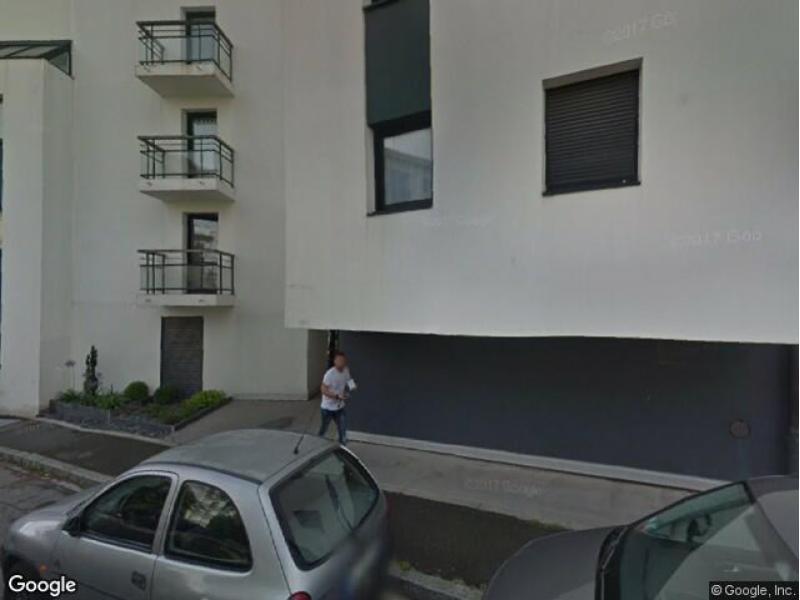 Place de parking louer nantes 50 rue fontaine de barbin for Louer garage nantes