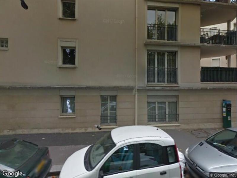 place de parking louer paris 18 34 rue leibniz. Black Bedroom Furniture Sets. Home Design Ideas