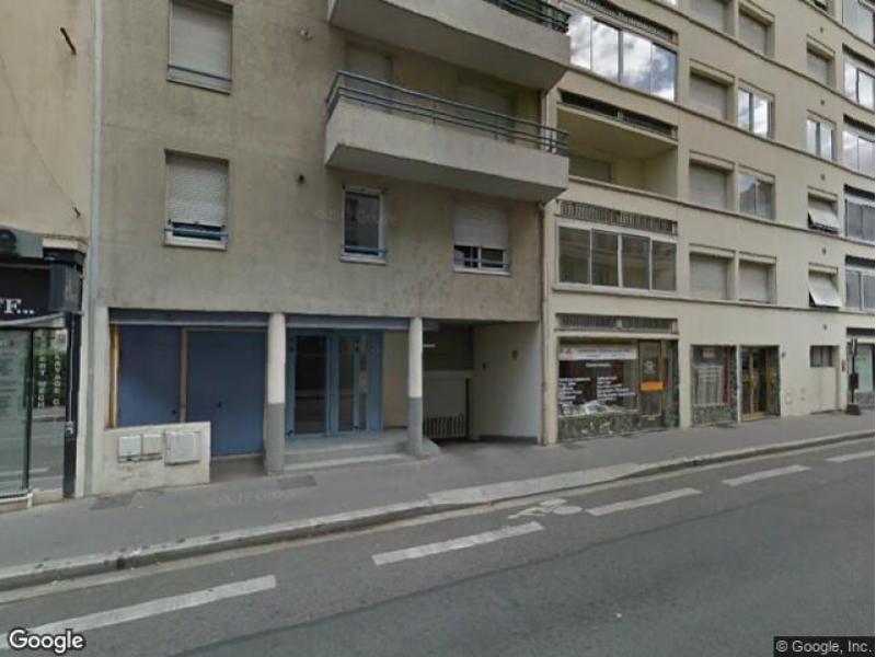Place de parking louer villeurbanne 43 rue du 4 ao t for Garage rue des bienvenus villeurbanne