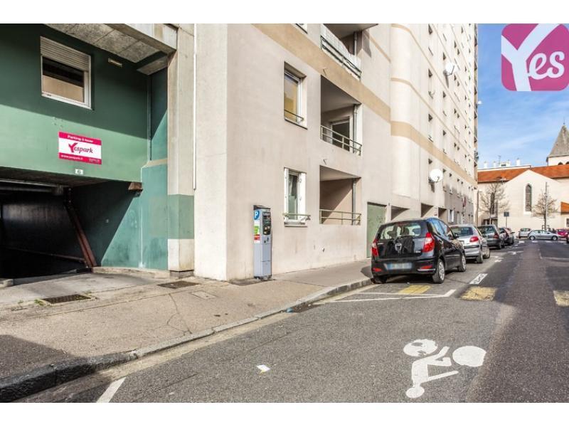 Abonnement parking yespark 8 rue pierre larousse 69100 for Garage rue des bienvenus villeurbanne
