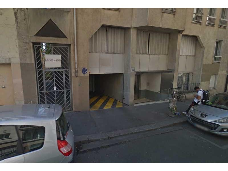 Place de parking à louer - Paris 75010 -  - 114,37 euros - 15 Rue Bichat,  Paris, France