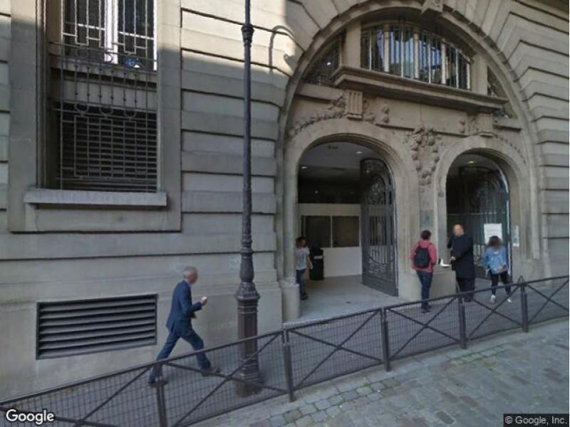 place de parking louer paris 75016 13 rue beethoven 75016 paris france 300 euros. Black Bedroom Furniture Sets. Home Design Ideas