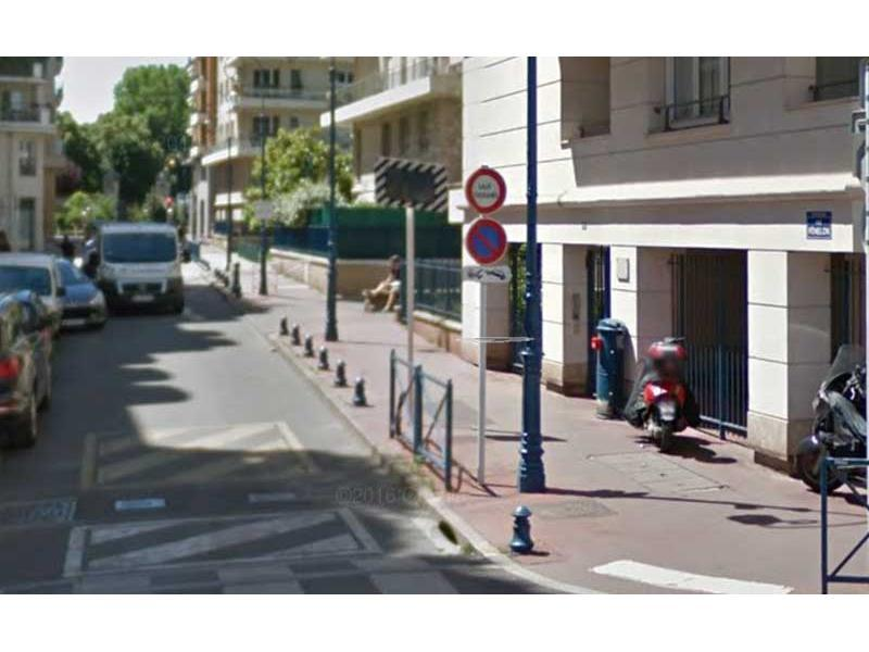Place de parking à louer - Montrouge 92120 - 54 Rue Fénelon,  Montrouge, France - 92,8 euros