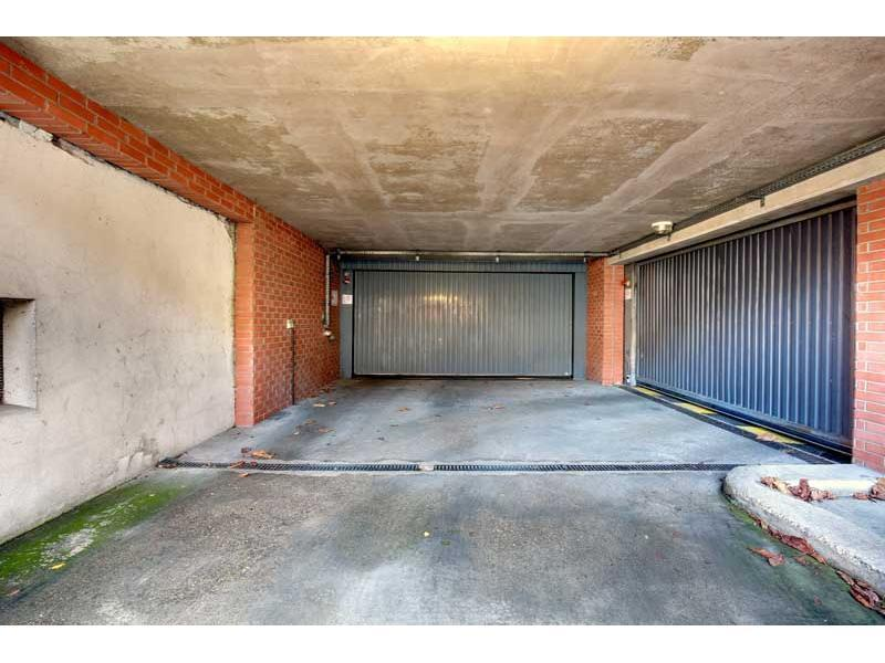 Place de parking à louer - Noisy-le-Grand 93160 -  - 83,42 euros - 70 Rue du Docteur Sureau,  Noisy-le-Grand, France