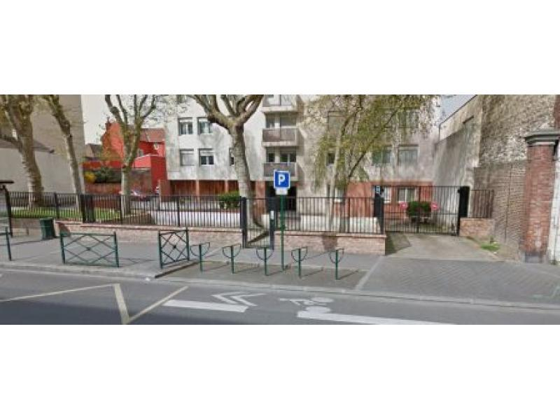 Place de parking à louer - Colombes 92700 -  - 50,4 euros - 62 Avenue Henri Barbusse,  Colombes, France