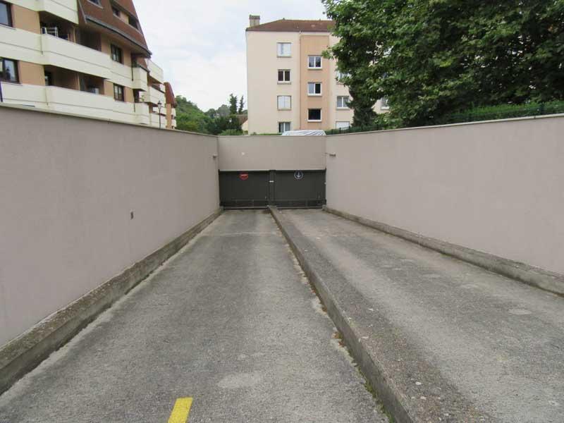 place de parking louer viry ch tillon 91170 47 45 euros 16 passage du capitaine ferber. Black Bedroom Furniture Sets. Home Design Ideas