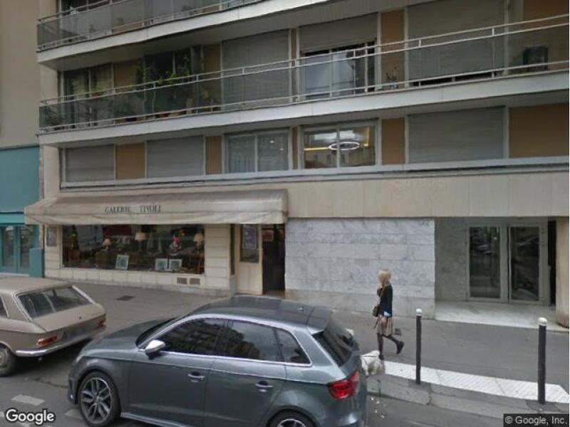 place de parking louer paris 16 42 rue poussin. Black Bedroom Furniture Sets. Home Design Ideas