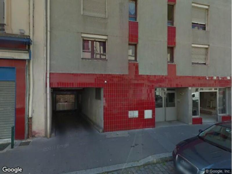 place de parking louer lyon 7 20 rue salomon reinach. Black Bedroom Furniture Sets. Home Design Ideas