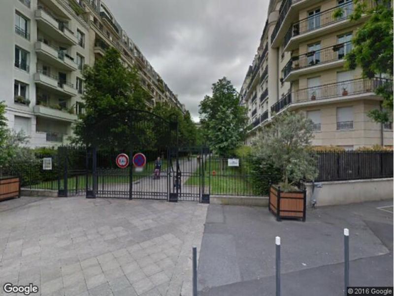 place de parking louer issy les moulineaux 92130 villa haussmann. Black Bedroom Furniture Sets. Home Design Ideas