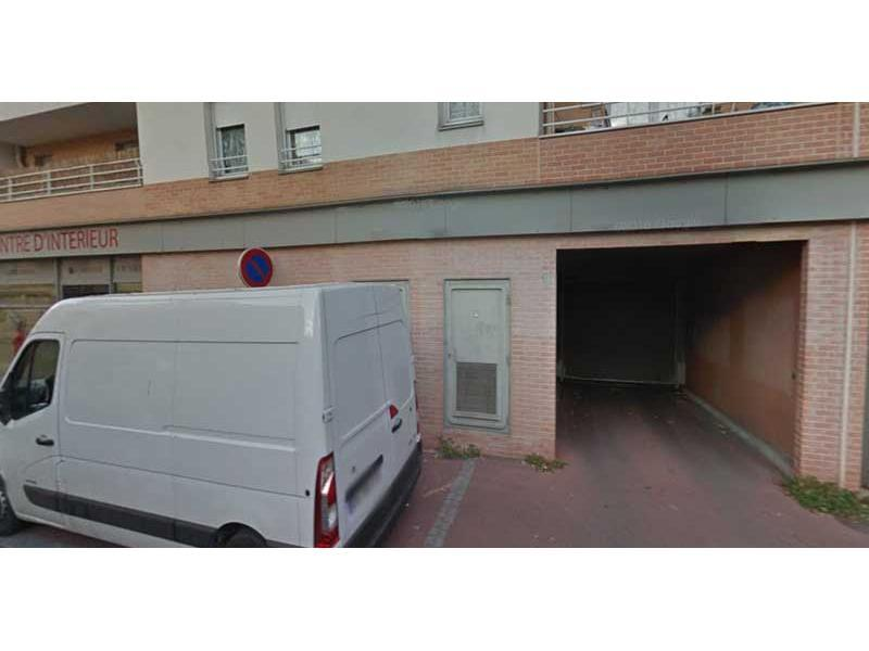 Location parking boulogne billancourt garage parking for Garage box a louer particulier