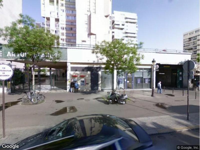 Place de parking à louer - Paris 75019 - 127 Avenue de Flandre, 75019 Paris, France - 65 euros