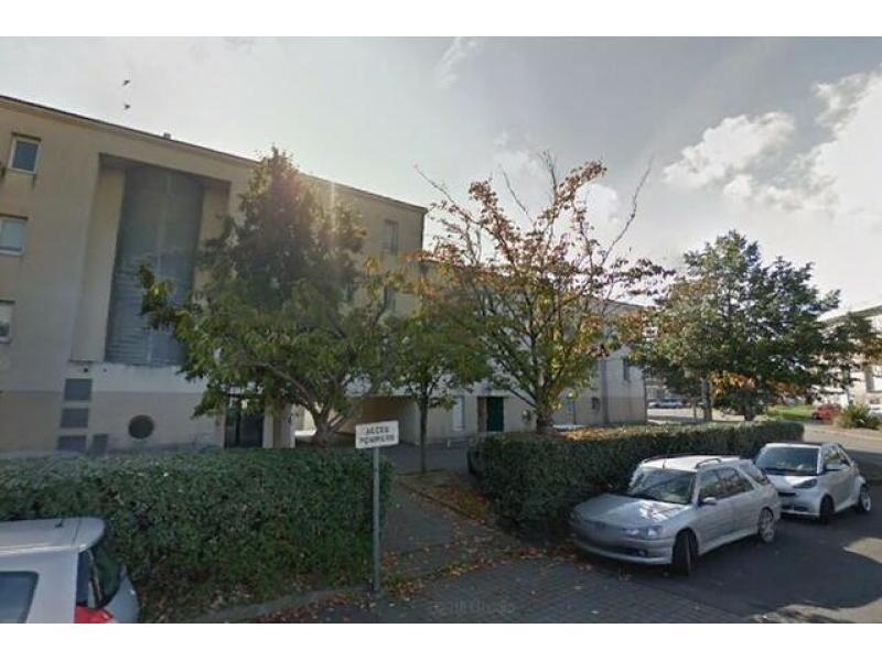 abonnement parking yespark 12 rue louis guilloux 44100 nantes france. Black Bedroom Furniture Sets. Home Design Ideas