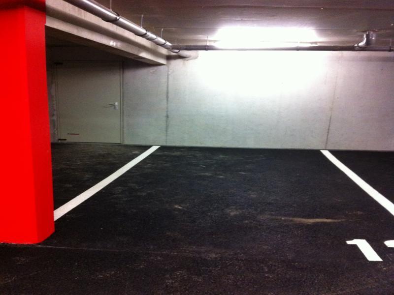 la rochelle lafond place de parking louer. Black Bedroom Furniture Sets. Home Design Ideas