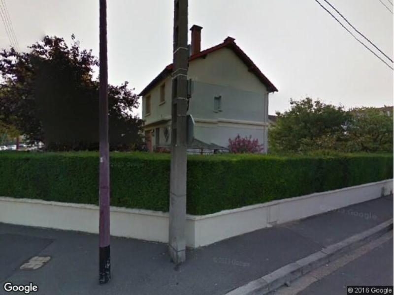 Parking louer bezons chene est for Garage des barentins 95870 bezons