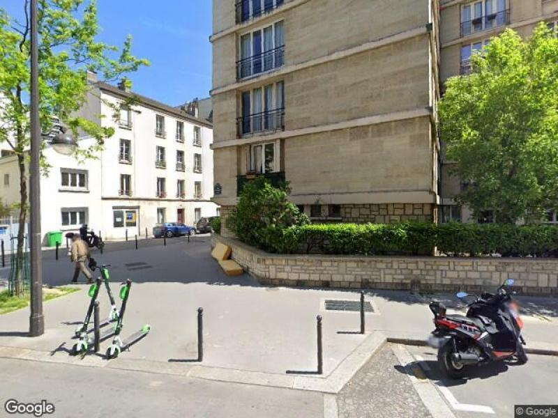 Place de parking à louer - Paris 75015 - 19 Rue de Lourmel, Paris 15e Arrondissement, Île-de-France, France