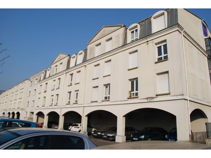 Cergy - Les Terrasses-Axe Majeur-Lauterne - Location de place de parking