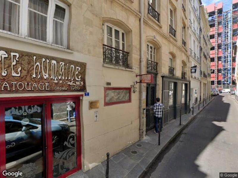 Place de parking à louer - Paris 75004 - 11 Rue Geoffroy l'Angevin, Paris 4e Arrondissement, Île-de-France, France - 190 euros