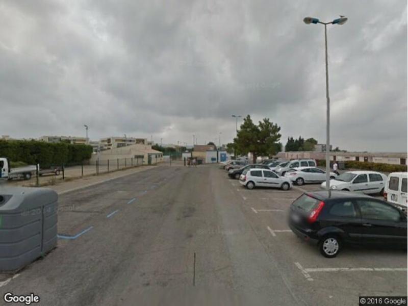 location de parking balaruc les bains rue du stade. Black Bedroom Furniture Sets. Home Design Ideas