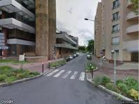 Location parking rue leonhard euler cr teil garage for Box garage a louer creteil
