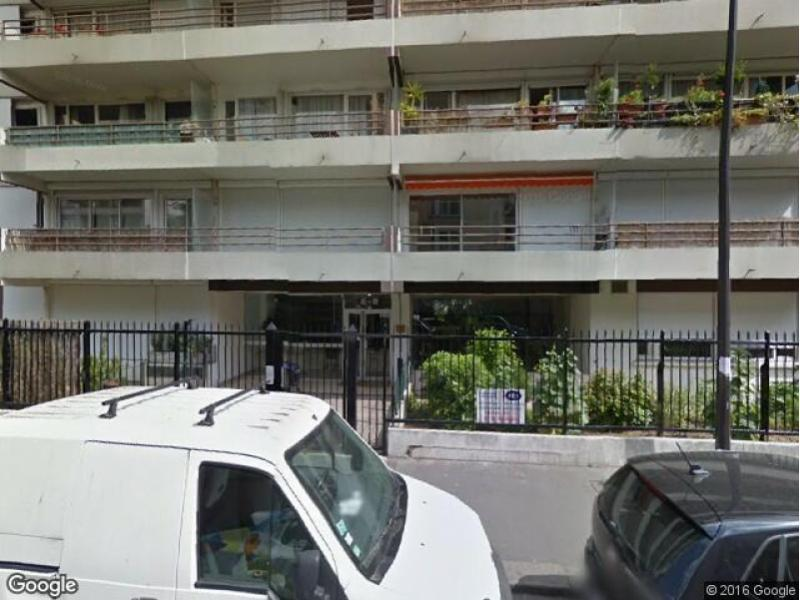 Place de parking à louer - Paris 75018 - 8 Rue Marc Seguin, 75018 Paris, France