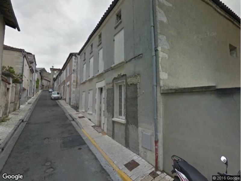 Location de garage barbezieux saint hilaire sud for A louer garage automobile