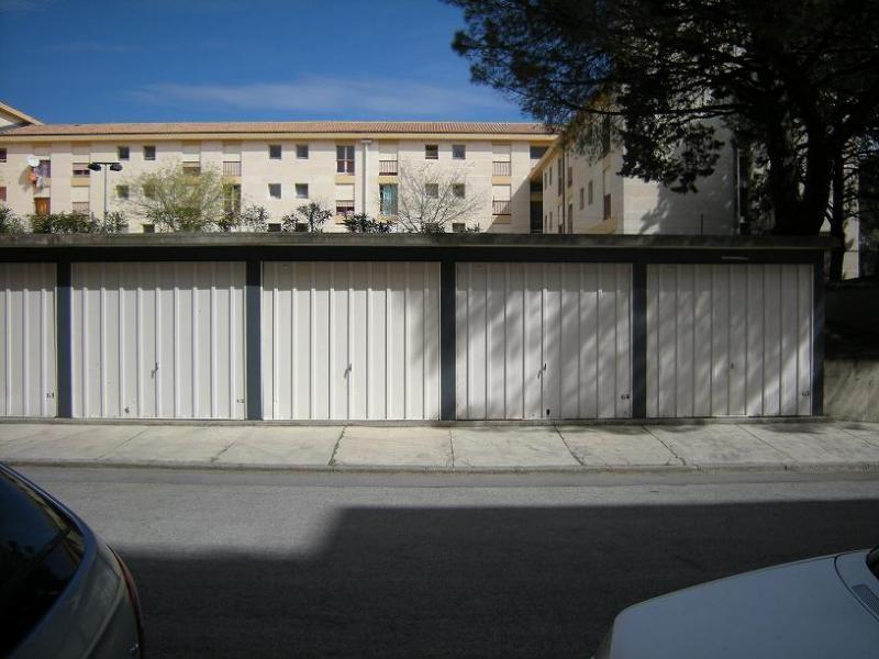 Montpellier les tonnelles location de place de parking for Location garage montpellier
